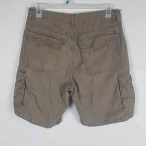 Mens Size 33 Wrangler Authentic Khaki Cargo Shorts